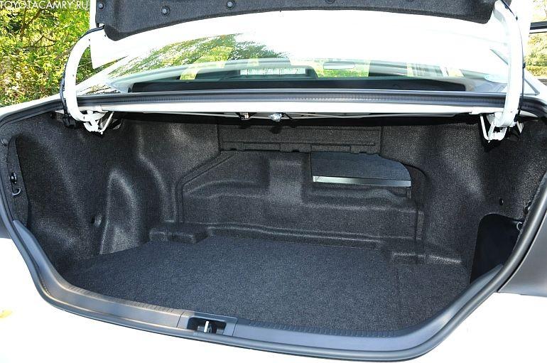 Toyota Camry New багажник