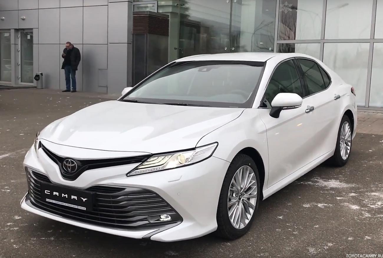 Тойота Камри 2018 Россия